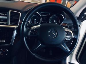 Mercedes-Benz ML 500 BE - Image 10
