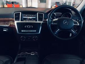 Mercedes-Benz ML 500 BE - Image 9