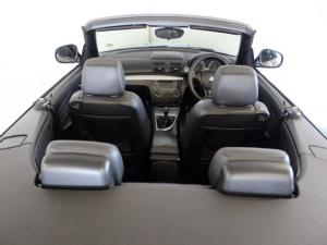 BMW 1 Series 120i convertible Exclusive - Image 12