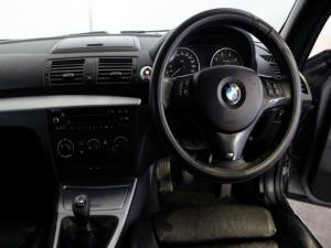 BMW 1 Series 120i convertible Exclusive - Image 13