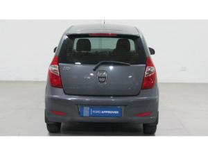 Hyundai i10 1.1 GLS - Image 4