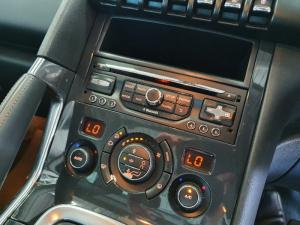 Peugeot 3008 2.0HDi Executive automatic - Image 11