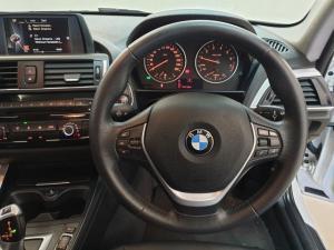 BMW 1 Series 118i 5-door auto - Image 17