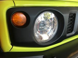 Suzuki Jimny 1.5 GLX AllGrip auto - Image 6