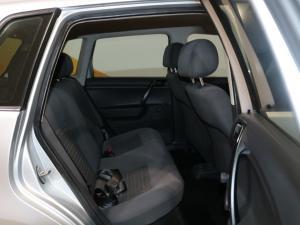 Volkswagen Polo Vivo hatch 1.4 Conceptline - Image 11