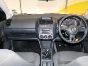Volkswagen Polo Vivo hatch 1.4 Conceptline - Image 6