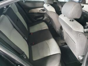 Chevrolet Cruze 1.6 LS - Image 11