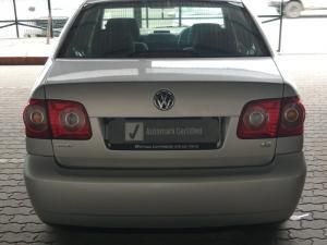 Volkswagen Polo Vivo sedan 1.6 Trendline - Image 3