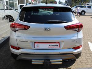 Hyundai Tucson 2.0CRDi Elite - Image 3