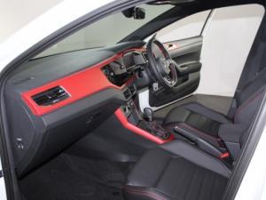 Volkswagen Polo 2.0 GTI DSG - Image 16