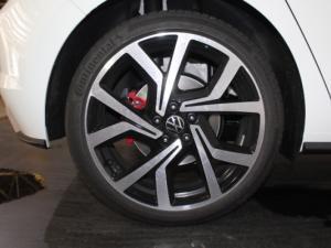 Volkswagen Polo 2.0 GTI DSG - Image 21