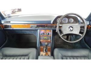 Mercedes-Benz 380 SE automatic - Image 8