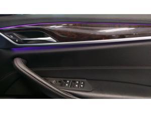 BMW 5 Series 520d Luxury Line - Image 11