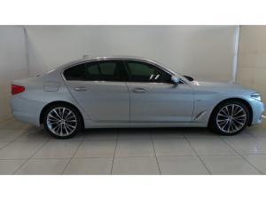 BMW 5 Series 520d Luxury Line - Image 2