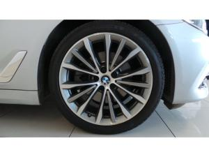 BMW 5 Series 520d Luxury Line - Image 8