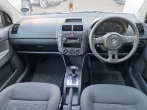 Volkswagen Polo Vivo hatch 1.4 Trendline auto - Image 5