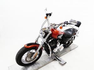 Harley Davidson Sportster 1200 Custom - Image 3