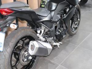 Kawasaki Z300 ABS - Image 5