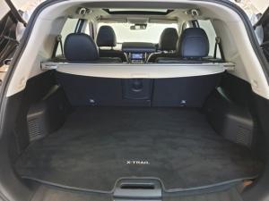Nissan X-Trail 1.6dCi 4x4 Tekna - Image 10