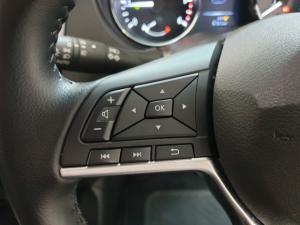 Nissan X-Trail 1.6dCi 4x4 Tekna - Image 17