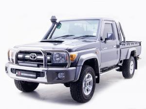 Toyota Land Cruiser 79 4.5DS/C - Image 2