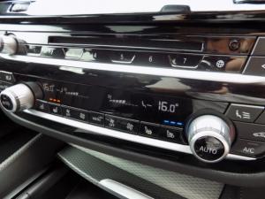 BMW 520d M Sport automatic - Image 7