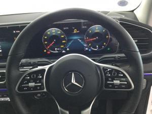 Mercedes-Benz GLS GLS400d 4Matic - Image 11