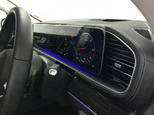 Mercedes-Benz GLS GLS400d 4Matic - Image 8