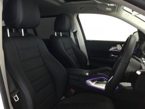 Mercedes-Benz GLS GLS400d 4Matic - Image 9