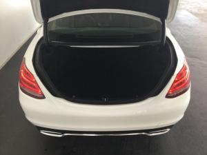 Mercedes-Benz C-Class C180 - Image 17
