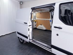 Ford Transit Custom panel van 2.2TDCi 92kW LWB Ambiente - Image 8