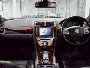 Jaguar XK XKR - Image 12