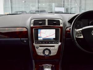 Jaguar XK XKR - Image 13
