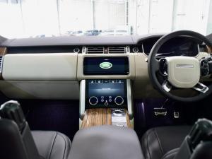 Land Rover Range Rover Vogue Westminster Black SDV8 - Image 13