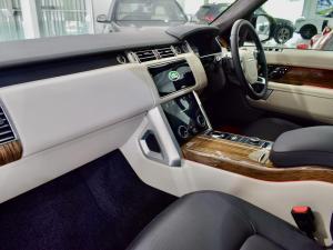 Land Rover Range Rover Vogue Westminster Black SDV8 - Image 16