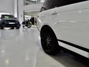 Land Rover Range Rover Vogue Westminster Black SDV8 - Image 8