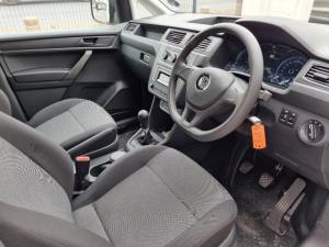 Volkswagen Caddy 2.0TDI crew bus - Image 6
