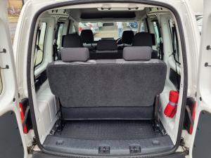 Volkswagen Caddy 2.0TDI crew bus - Image 8