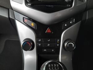 Chevrolet Cruze 1.6 LS - Image 14