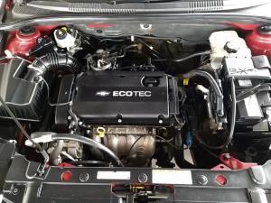 Chevrolet Cruze 1.6 LS - Image 18
