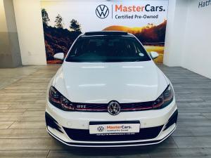 Volkswagen Golf GTI - Image 16