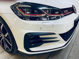 Volkswagen Golf GTI - Image 4