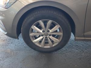 Volkswagen Polo hatch 1.0TSI Comfortline auto - Image 30