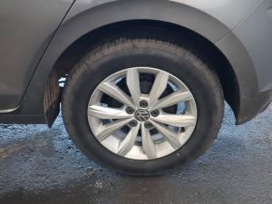 Volkswagen Polo hatch 1.0TSI Comfortline auto - Image 31