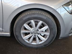 Volkswagen Polo hatch 1.0TSI Comfortline auto - Image 32