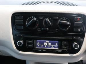 Volkswagen up! move up! 3-door 1.0 - Image 15