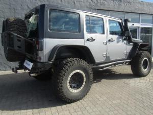 Jeep Wrangler Unltd Rubicon 3.6L V6 automatic - Image 6