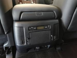 Nissan Patrol 5.6 V8 LE Premium - Image 15