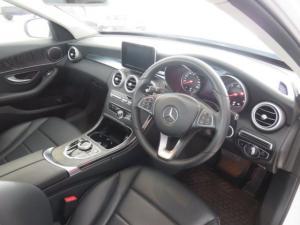 Mercedes-Benz C220d automatic - Image 4