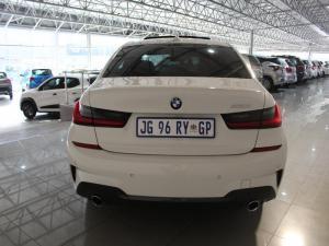 BMW 330i M Sport automatic - Image 7